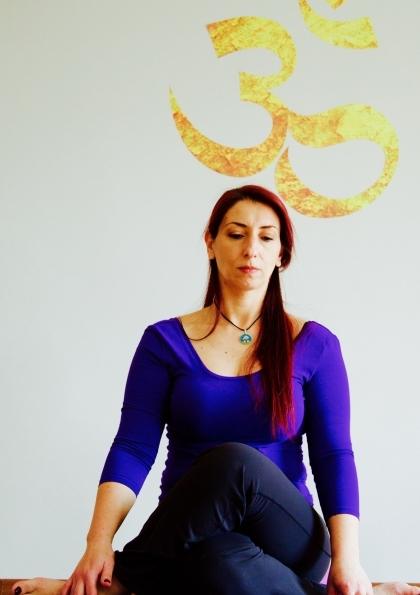 Tai Masaj Dokunuşlu Yin Yoga Çalışması Afişi