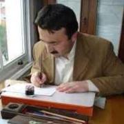 Ahmet Kutluhan Resmi
