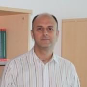 Prof. Dr. Ümit Özlale Resmi