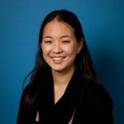 Stephanie Chang Resmi