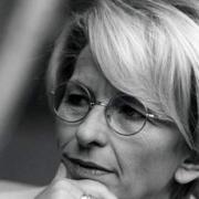 Emma Bonino Resmi