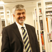Prof. Dr. Erhan Erkut Resmi