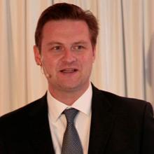 Peter Ryan Resmi