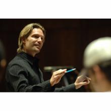 Eric Whitacre Resmi
